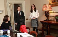 More Pics of Kate Middleton Loose Blouse (29 of 34) - Kate Middleton Lookbook - StyleBistro