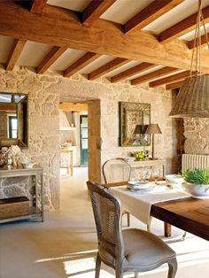 maisons familiales de vacances, joli salle a manger d'interieur rustique