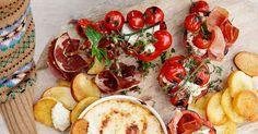 Perfekt til tapasbordet i sommer! Diy Food, Caprese Salad, Bruschetta, Mozzarella, Vegetables, Ethnic Recipes, Summer Recipes, Red Peppers, Insalata Caprese