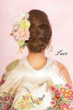 Japanese hairstyle for women in Kimono
