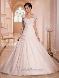 Cap Sleeves Sweetheart A-line Lace Appliques Keyhole Back Wedding Dresses