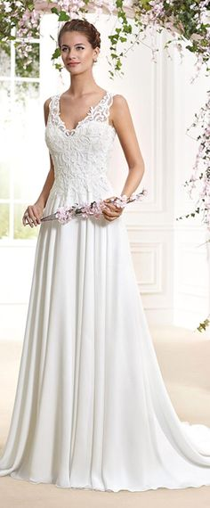 Fashionable Tulle & Chiffon V-Neck A-Line Wedding Dresses With Embroidery & Beadings