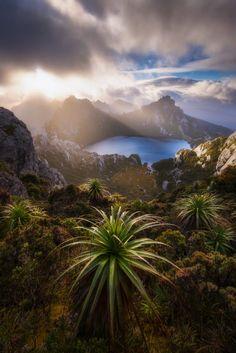 Lake Oberon (Tasmania, Australia) by Dylan Toh & Marianne Lim on 500px