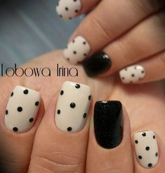 manicura-accent-nails-lunares – Beauty & Seem Beautiful Best Nail Art Designs, Gel Nail Designs, Beautiful Nail Designs, Nails Design, Cute Easy Nail Designs, Nagellack Design, Nagellack Trends, Stylish Nails, Trendy Nails