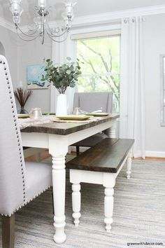 This coastal farmhouse dining room is gorgeous! I love the wood and white farmho. This coastal farmhouse dining room is gorgeous! I love the wood and white farmho… White Farmhouse Table, Farmhouse Table Chairs, Coastal Farmhouse, Farmhouse Decor, Rustic Table, Farmhouse Ideas, Dining Room Table Centerpieces, Dining Table, Tan Walls