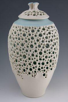 Simon van der Ven - Illuminated lidded jar w/ Blue-green shoulder - porcelain cone 6 oxidation - 11.5h x 6w