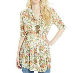 Three Quarter Sleeve Printed Tunic American Rag chiffon back tie tunic with adjustable sleeves is perfect for fall. American Rag Tops Tunics