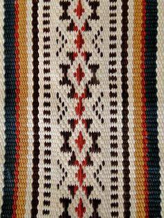 Conoce la relación entre lo divino y lo humano en los telares mapuches - Guioteca