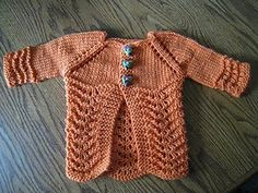 Lillie Baby Cardigan pattern by Laura Edwards, free and seamless