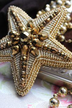 """Купить Брошь из бисера """"MorningStar"""" - звезда, орден, золотой, звездочка, морская звезда, вышитая брошь"""