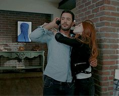 They are amazing ♥♥♥ Romantic Kiss Gif, Cute Couples Kissing, Carol Vorderman, The Best Series Ever, Elcin Sangu, Casual Summer Outfits For Women, Cute Couple Videos, Movies And Series, Love Kiss