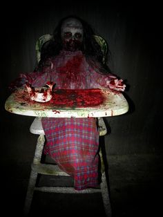 feed me franny zombie girl with high chair haunted house