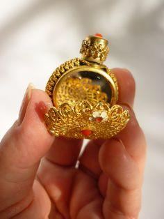 1920s Mini Perfume Bottle / Compact CZECH Gilt Filigree w Mirror