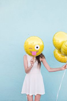 DIY Emoji Balloons   Studio DIY®