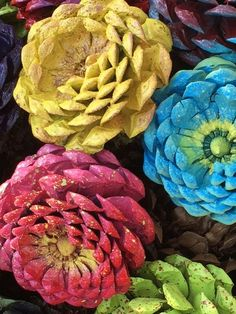 Everlasting Zinnia Wreath- made from PINE CONES! What???!