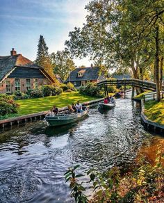 Beautiful Places To Travel, Wonderful Places, Photos Voyages, Dream Vacations, Beautiful Landscapes, Travel Photos, Travel Pictures, Netherlands, Travel Destinations