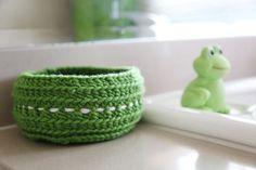 hairband storage crochet basket - free Crochet Storage Basket Pattern