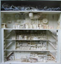 Tiny dollhouse libraries by Marc Giai-Miniet (pictures)