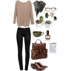 loose sweater, skinny jeans, scarf, glasses, leather bag and shoes