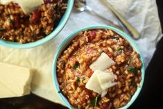 Italian Sausage Tomato Risotto Creamy Italian Sausage and tomato risotto is a warming soul satisfying comfort bowl of absolute deliciousness Spinach Risotto, Tomato Risotto, Risotto Recipes, Grain Foods, No Calorie Foods, Latest Recipe, Easy Weeknight Meals, Pork Recipes, Sausage