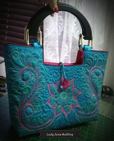 Lady Jane Quilting: Latest Quilted Bags