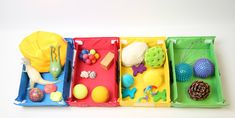 Actividad sensorial para aprender a clasificar, desarrollar el vocabulario, estimular los sentidos y con lo que tengas por casa. Diaper Bag, Lunch Box, Ideas, Sensory Activities, Fine Motor, Vocabulary, Music Gifts, Visual Impairment, Early Years Education