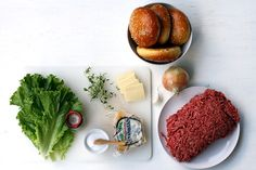 Rezept: Double Cheeseburger mit Red Onion Jam - USA-EssBar - derStandard.at › Lifestyle