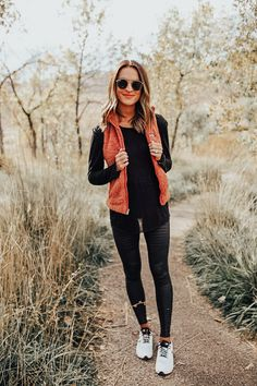 staying active in the fall - Lauren Kay Sims - lauren sims fall fitness motivation - Legging Outfits, Athleisure Outfits, Athleisure Fashion, Looks Style, Looks Cool, My Style, Mode Outfits, Casual Outfits, Fashion Outfits
