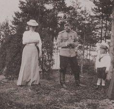 Tsarina Alexandra, Tsar Nicholas II and their boy Tsarevich Alexei