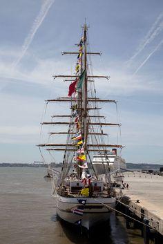 Navio Escola Sagres, Lisboa Tall Ships, Pirate History, Lisbon Portugal, Seas, Portuguese, Sailing Ships, Street Art, Lifestyle, Architecture