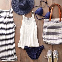Gettin' out of town for the long weekend? Pack up these summer faves! #Aerie