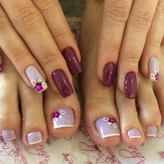 31 Fotos de Unhas Decoradas com Esmalte Roxo Pretty Toe Nails, Cute Toe Nails, Pretty Nail Art, Toe Nail Art, Pink Nails, Gel Nails, Acrylic Nails, Toenails, Summer Toe Nails