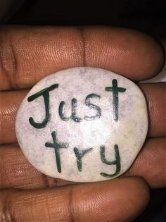 Rock Sayings, Rock Quotes, Rock Painting Patterns, Rock Painting Designs, Rock Crafts, Arts And Crafts, Drawing Rocks, Inspirational Rocks, Rock Decor