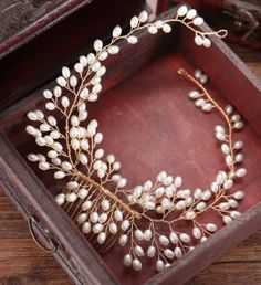 Online Shop Many Style Gold Color Crystal Simulated Pearl Hair Comb For Wedding Hair Accessories Handmade Bride Hair Jewelry Headpiece Tiara Bridal Hair Vine, Hair Comb Wedding, Headpiece Jewelry, Hair Jewelry, Beaded Jewelry, Tiara Hairstyles, Wedding Hairstyles, Blonde Box Braids, Bride Hair Accessories