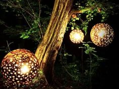 Lamps made from tree branches! http://m.inhabitat.com/inhabitat/#!/entry/sebastiaan-dillmanns-gorgeous-eden-lamps-are-made-from-found-tree,52e05742025312186cbf0b02