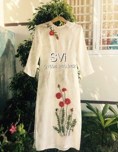 Book any color any size Order at 918968922443 Sizes available S to Shipping worldwide✈ Embroidery Suits Punjabi, Embroidery On Kurtis, Hand Embroidery Dress, Kurti Embroidery Design, Flower Embroidery Designs, Embroidered Clothes, Embroidery Fashion, Silk Ribbon Embroidery, Kurta Designs