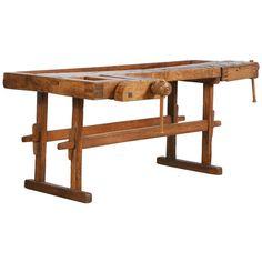 Antique Carpenter's Workbench, Sweden Circa 1890 Small Console Tables, Sofa Tables, Beginner Woodworking Projects, Woodworking Bench, Workshop Bench, Workshop Ideas, Traditional Benches, Carpenter Work, Drum Table