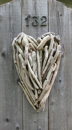 Driftwood Heart. I'm always picking up driftwood pieces at the beach. This would be perfect craft to make with them. ~MG