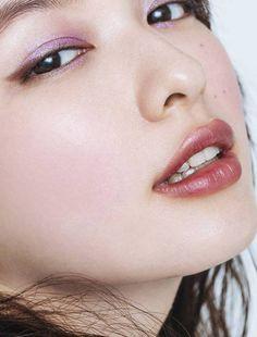 Japanese Makeup, Japanese Beauty, Asian Beauty, Natural Beauty, Korean Eye Makeup, Asian Makeup, Eyeliner Tape, Beauty Makeup, Hair Makeup