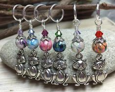 Big Belly Cats Stitch Markers- 6 Snag Free Beaded Knitting Markers- Gifts for Knitters- Tools- Supplies- Crochet Markers- Mother& Day Gift Bead Crafts, Jewelry Crafts, Beaded Jewelry, Handmade Jewelry, Knitting Accessories, Beads And Wire, Stitch Markers, Jewelery, Jewelry Making
