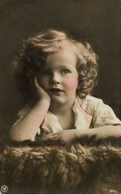Vintage Pretty Child !!