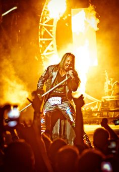 Motley Crue lights up Sin City at the Hard Rock Hotel