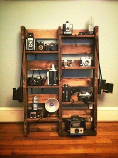 Use Pallet Wood Projects to Create Unique Home Decor Items – Hobby Is My Life Wooden Pallet Crafts, Diy Pallet Projects, Wooden Pallets, Wood Projects, Pallet Ideas, Pallet Wood, Unique Home Decor, Home Decor Items, Palette Diy