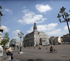 Market square in Maastricht, Netherlands Vision Statement, Ecology, View Photos, Netherlands, Sustainability, Places To Go, Two By Two, Louvre, Adventure