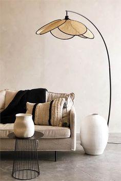 Lighting Inspiration, Decor, Decor Inspiration, Interior Inspiration, Diy Bedroom Decor, Statement Furniture Pieces, Home Decor, Salas Living Room, Interior Lighting