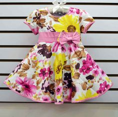 http://www.aliexpress.com/store/group/0-3Y-baby-dress/621900_251275078/2.html  new arrival 2013 summer flower knee-length fashion girls' short sleeve topolino pink bow sundress for children's clothing lots