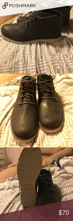 TEVA Men's Boots New Without Tags, never been worn - only tried on. In amazing condition and really nice for any occasion. Teva Shoes Boots