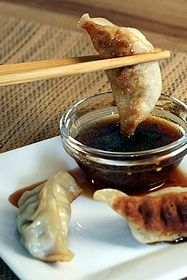 Spicy Lime, Ginger, & Soy Dipping Sauce Asian dipping sauce - love gyoza and always looking for dipping saucesAsian dipping sauce - love gyoza and always looking for dipping sauces Chutneys, Sauce Recipes, Cooking Recipes, Cooking Tips, Tasty, Yummy Food, Asian Cooking, Asian Recipes, Indonesian Recipes