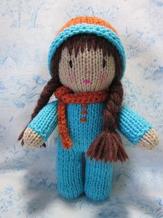 knitted dolls I can knit! I've had a mental block on knitting since an Aunt tried to teach me and gave up in exasperation when I was about Fast forward 45 years: Tomi Jane and I dec Knitted Dolls Free, Knitted Doll Patterns, Crochet Dolls, Knitting Patterns Free, Free Knitting, Free Pattern, Crocheted Toys, Knitting Projects, Crochet Stitches