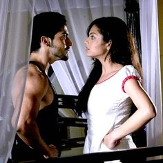 Maan and Geet fighting Love Couple, Best Couple, Gurmeet Choudhary, Drashti Dhami, Indian Drama, Indian Movies, Tv Actors, Saree Dress, Bollywood News